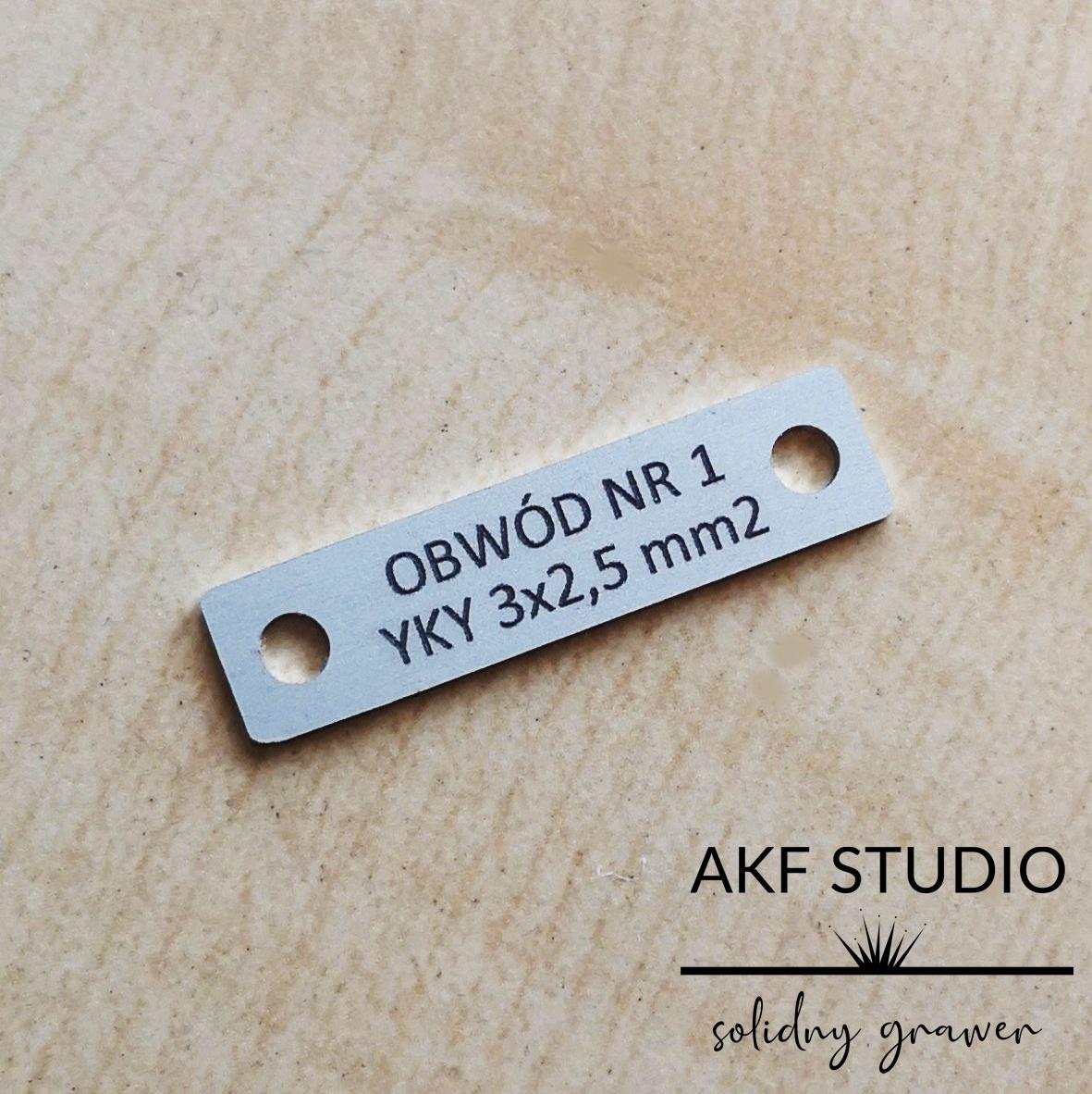 etykiety na przewody elektryczne aluminiowe grawerowane