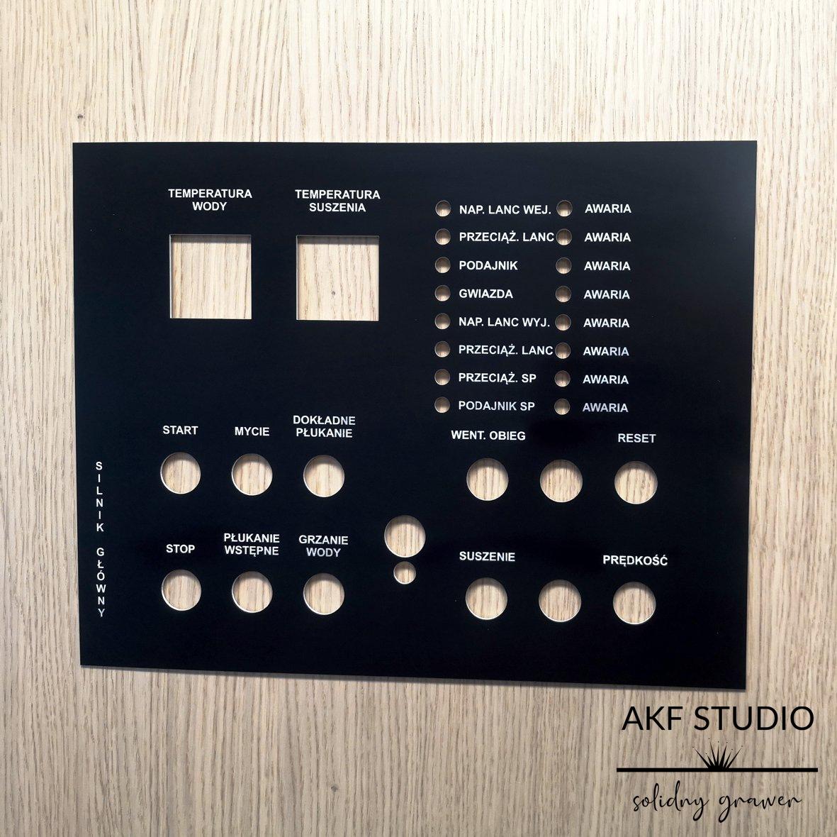 panel urzadzenia czarny laminat opisy grawerowane laserem
